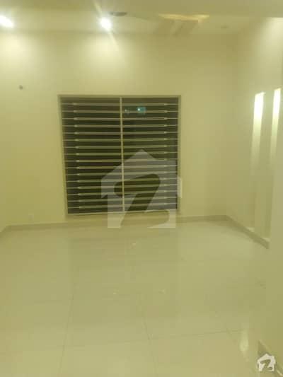 سٹیٹ لائف فیز۱۔ بلاک اے ایکسٹینشن اسٹیٹ لائف ہاؤسنگ فیز 1 اسٹیٹ لائف ہاؤسنگ سوسائٹی لاہور میں 3 کمروں کا 5 مرلہ مکان 42 ہزار میں کرایہ پر دستیاب ہے۔