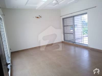1 Kanal 3 Bed Upper Portion With Drawing Dinning Tv Lounge Kitchen Of A Beautiful House