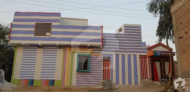 سَچل کالونی لاڑکانہ میں 6 کمروں کا 5 مرلہ مکان 65 لاکھ میں برائے فروخت۔