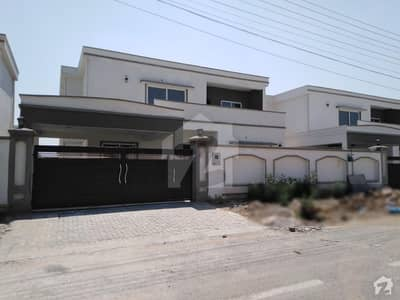 One Kanal Brand New House Available For Rent In Gulberg Near Kalma Chowk Lahore