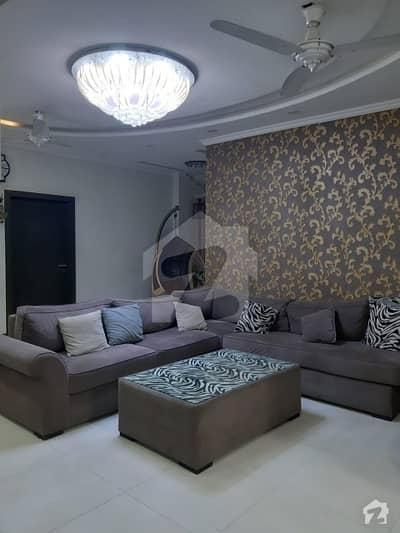 ایف ۔ 11 اسلام آباد میں 3 کمروں کا 14 مرلہ فلیٹ 2.3 کروڑ میں برائے فروخت۔