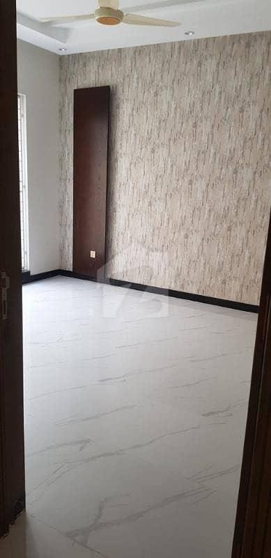 گارڈن ٹاؤن لاہور میں 5 کمروں کا 10 مرلہ مکان 3.2 کروڑ میں برائے فروخت۔