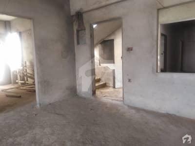 ملیر کالا بورڈ ملیر کراچی میں 3 کمروں کا 6 مرلہ فلیٹ 1.1 کروڑ میں برائے فروخت۔
