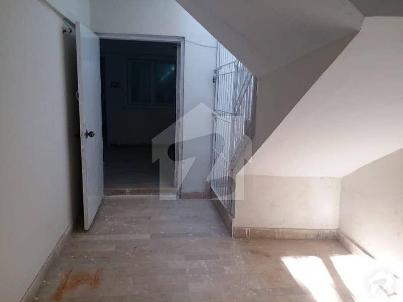 120 Square Yards Single Storey House For Sale