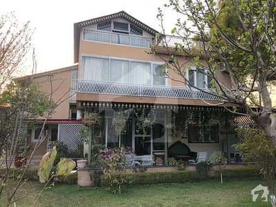 3.5 Kanal Corner Farmhouse For Sale