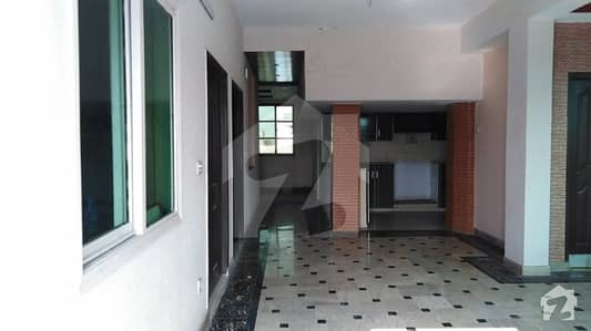 10 Marla Triple Storey House For Sale In Ravi Block Of Allama Iqbal Town Lahore