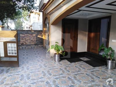 10 Marla Complete House Available On Rent In Gulbahar Block Bahria Town Lahore
