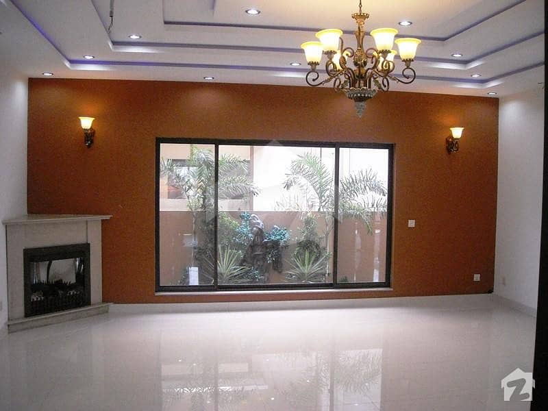 10 Marla House Available For Sale In Bahria Town Phase 8 C Block