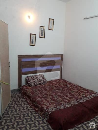 گلبرگ 3 - بلاک ایچ گلبرگ 3 گلبرگ لاہور میں 3 کمروں کا 1 کنال زیریں پورشن 60 ہزار میں کرایہ پر دستیاب ہے۔