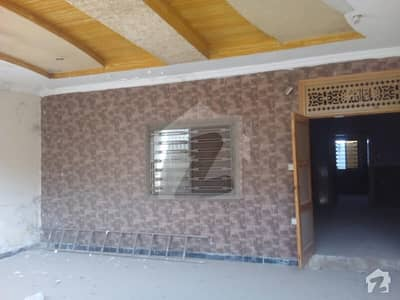 10 Marla Single Storey House For Rent.