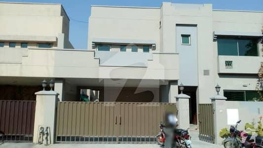 عسکری 10 - صیکٹر ای عسکری 10 عسکری لاہور میں 3 کمروں کا 10 مرلہ مکان 2.28 کروڑ میں برائے فروخت۔