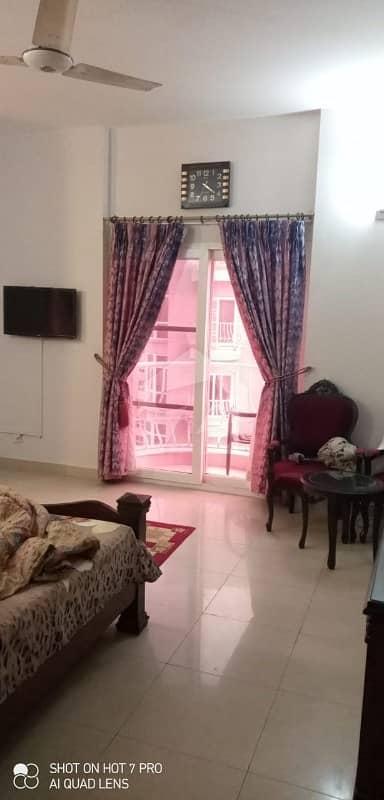 کریک وسٹا ڈی ایچ اے فیز 8 ڈی ایچ اے کراچی میں 3 کمروں کا 14 مرلہ فلیٹ 6.75 کروڑ میں برائے فروخت۔