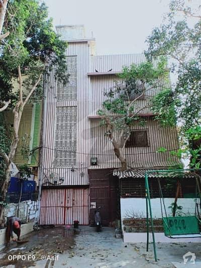 کورنگی کریک کنٹونمنٹ کورنگی کراچی میں 4 کمروں کا 5 مرلہ مکان 3.2 کروڑ میں برائے فروخت۔