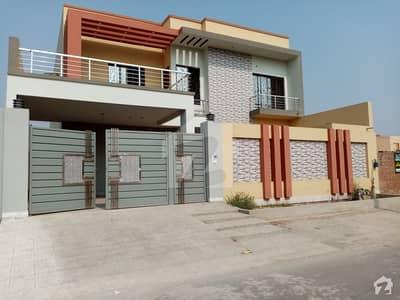 رحمان ولاز فیصل آباد میں 10 مرلہ مکان 1.75 کروڑ میں برائے فروخت۔