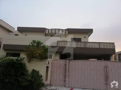 ڈی ایچ اے فیز 3 ڈیفنس (ڈی ایچ اے) لاہور میں 3 کمروں کا 1 کنال بالائی پورشن 53 ہزار میں کرایہ پر دستیاب ہے۔