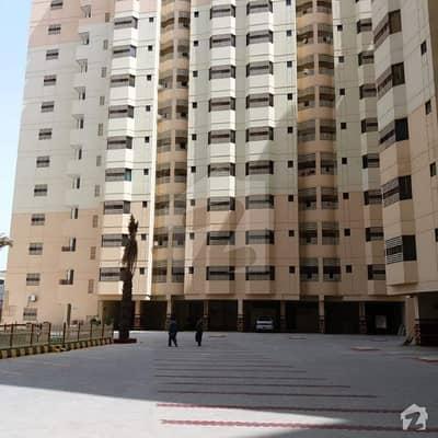 یونیورسٹی روڈ کراچی میں 3 کمروں کا 8 مرلہ فلیٹ 1.18 کروڑ میں برائے فروخت۔
