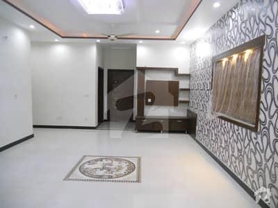ابدالینزکوآپریٹو ہاؤسنگ سوسائٹی لاہور میں 4 کمروں کا 14 مرلہ مکان 1 لاکھ میں کرایہ پر دستیاب ہے۔
