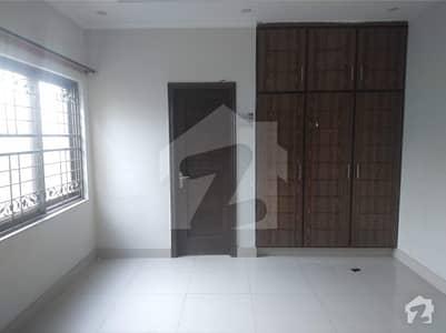 کیولری گراؤنڈ لاہور میں 3 کمروں کا 1 کنال بالائی پورشن 60 ہزار میں کرایہ پر دستیاب ہے۔