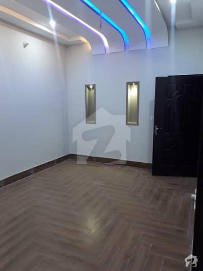 گھاگرا ولاز ملتان پبلک سکول روڈ ملتان میں 4 کمروں کا 6 مرلہ مکان 75 لاکھ میں برائے فروخت۔