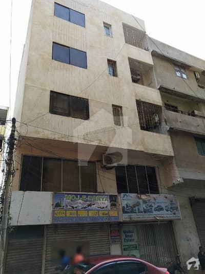 کلفٹن ۔ بلاک 5 کلفٹن کراچی میں 7 مرلہ فلیٹ 4.5 کروڑ میں برائے فروخت۔