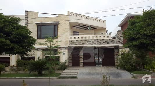 Luxury West Open 800 Sq Yard Double Storey Bungalow For Sale