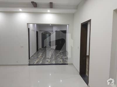 نشیمنِ اقبال فیز 1 نشیمنِ اقبال لاہور میں 3 کمروں کا 1 کنال بالائی پورشن 47 ہزار میں کرایہ پر دستیاب ہے۔