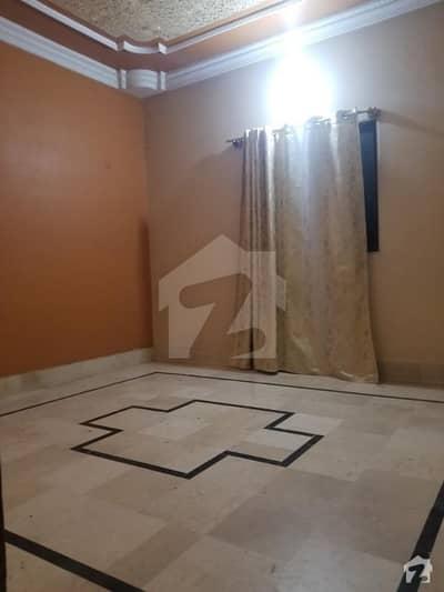 عزیز آباد گلبرگ ٹاؤن کراچی میں 3 کمروں کا 3 مرلہ فلیٹ 25 ہزار میں کرایہ پر دستیاب ہے۔
