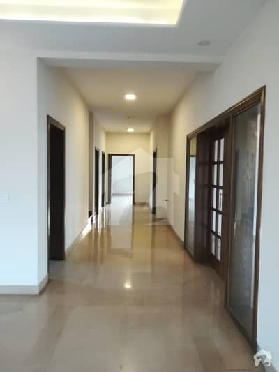 Original Pecs Beautiful Upper Portion Available For Rent In Dha Phase 1