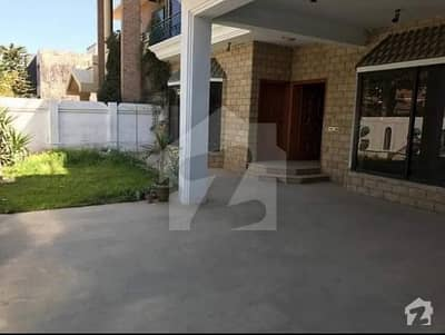 House For Sale In F111