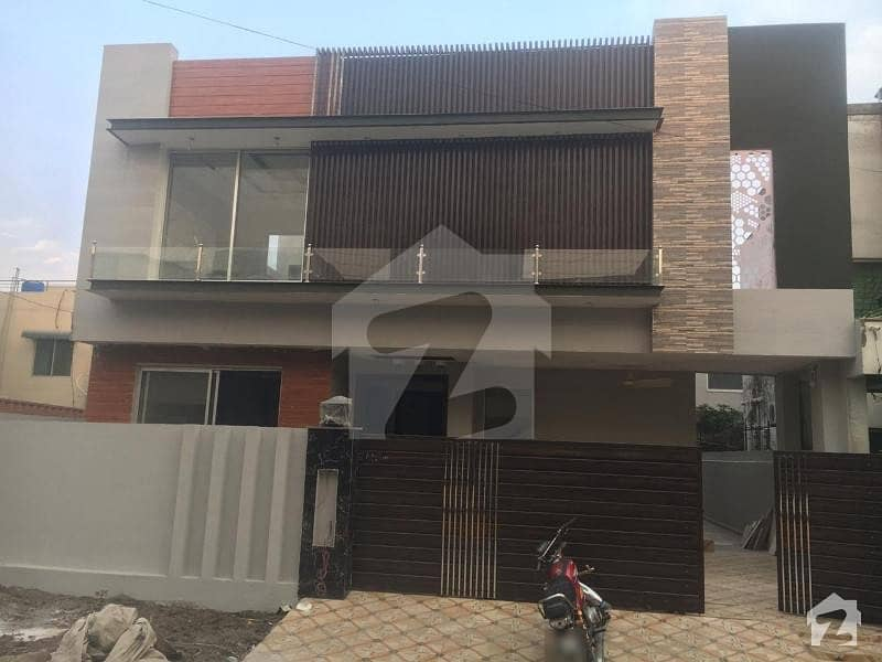Brand New 10 Marla House 10 Marla Brand New House In State Life Housing Society Lahore F Block