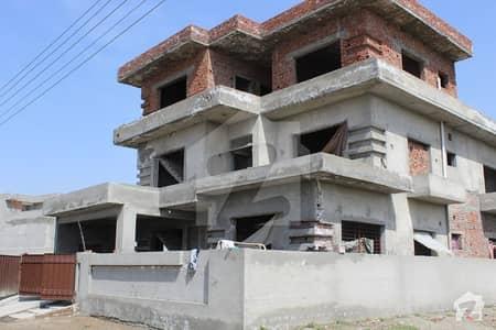 ایل ڈی اے ایوینیو ۔ بلاک سی ایل ڈی اے ایوینیو لاہور میں 8 کمروں کا 1 کنال مکان 2.75 کروڑ میں برائے فروخت۔