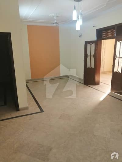 جی ۔ 9/4 جی ۔ 9 اسلام آباد میں 3 کمروں کا 6 مرلہ مکان 2.5 کروڑ میں برائے فروخت۔