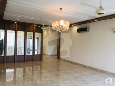 Ar Property Offer 1 Kanal Full House Available For Rent
