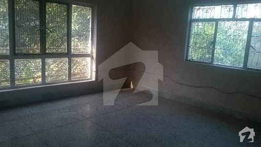 جی ۔ 9/3 جی ۔ 9 اسلام آباد میں 5 کمروں کا 14 مرلہ مکان 4.5 کروڑ میں برائے فروخت۔