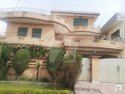 10 Marla Double Storey House Available For Sale In B Block Pwd Housing Soceity