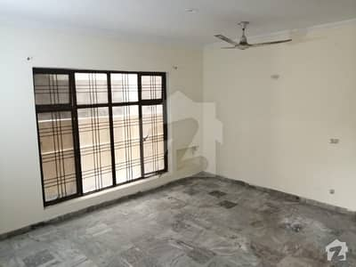 8 Years Old House For Sale In Q Block Johar Town