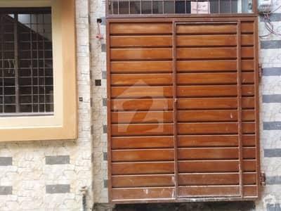 اچھرہ لاہور میں 3 کمروں کا 3 مرلہ مکان 60 لاکھ میں برائے فروخت۔
