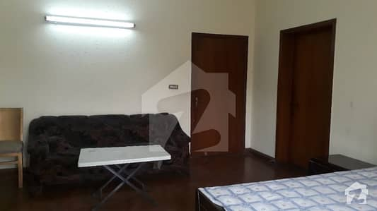 Dha Fully Furnished 1 Bed Room With Separate Gate Available For Rent In DHA Phase 2