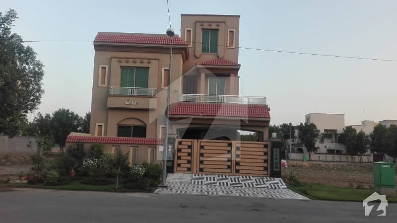 10 Marla Double Storey House For Rent In Bahria Town  Janiper Block Lahore