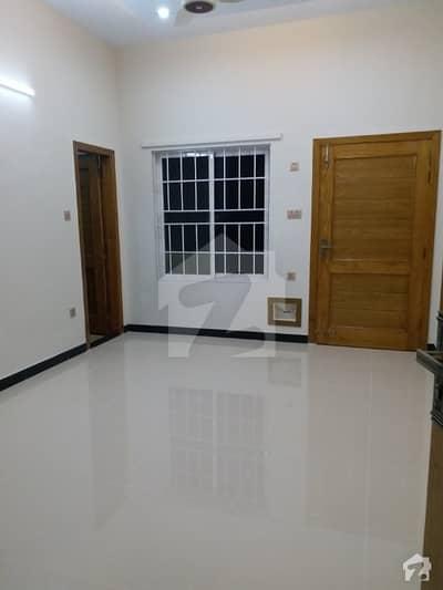 ایف ۔ 11/3 ایف ۔ 11 اسلام آباد میں 4 کمروں کا 9 مرلہ بالائی پورشن 76 ہزار میں کرایہ پر دستیاب ہے۔
