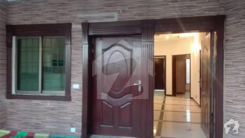 جی ۔ 13 اسلام آباد میں 3 کمروں کا 14 مرلہ زیریں پورشن 52 ہزار میں کرایہ پر دستیاب ہے۔