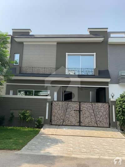 Defence 5.5 Marla Brand New Bungalow Ideal Location Reasonable Price