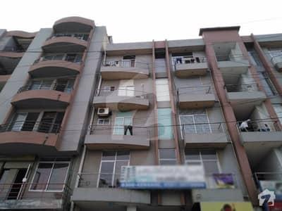 جوہر ٹاؤن فیز 2 - بلاک ایچ3 جوہر ٹاؤن فیز 2 جوہر ٹاؤن لاہور میں 1 کمرے کا 2 مرلہ فلیٹ 32 لاکھ میں برائے فروخت۔
