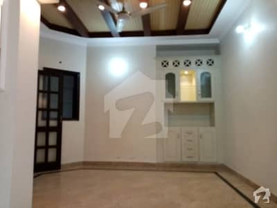 BEAUTIFUL LOWER PORTION REASONABLE RENT IN DHA phase 4