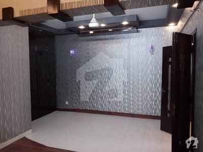 خلیق الزماں روڈ کراچی میں 2 کمروں کا 6 مرلہ فلیٹ 65 ہزار میں کرایہ پر دستیاب ہے۔