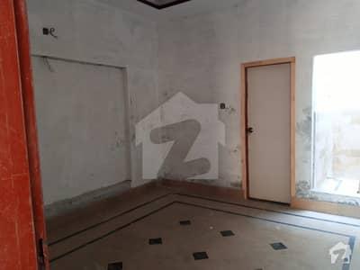 ادرز صادق آباد میں 5 کمروں کا 6 مرلہ مکان 75 لاکھ میں برائے فروخت۔