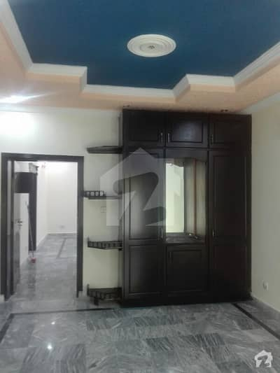 Single Unit 10 Marla House For Sale