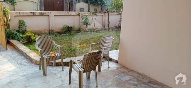 1 Kanal Beautiful House With All Basic Necessities