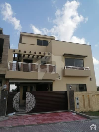Brand New Beautiful 10 Marla House For Rent In E Block Phase 8