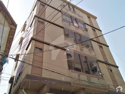 منظور کالونی کراچی میں 3 کمروں کا 6 مرلہ فلیٹ 80 لاکھ میں برائے فروخت۔